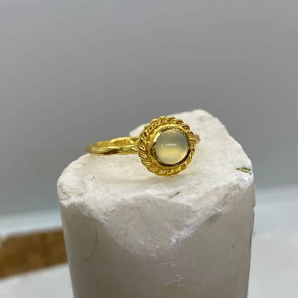 ring med aqua calcedony