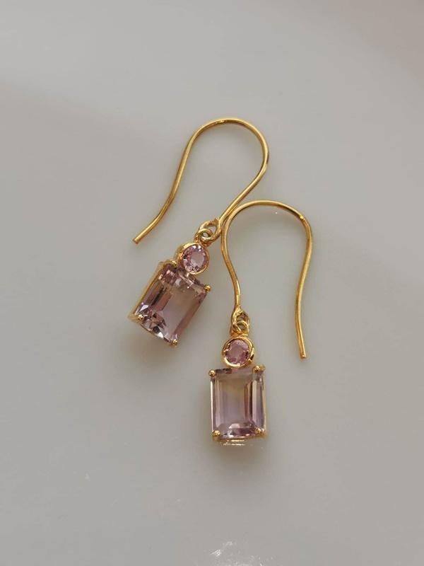 Øreringe med ametriner og lyserøde safirer